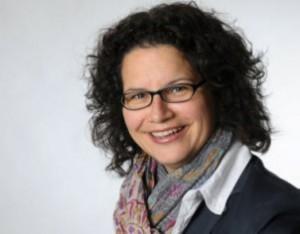 Sekretariat: Frau Voelkle Tel. 133-4596 Fax. 133-2518 info@rennbuckel.de poststelle@rennbuckel-realschule-ka.schule.bwl.de Bonner Str. 22 76185 Karlsruhe